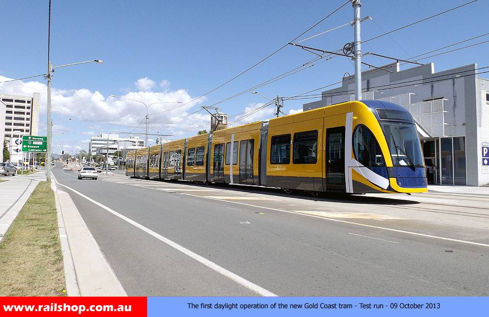 New Gold Coast Tram Test run 09:10:13