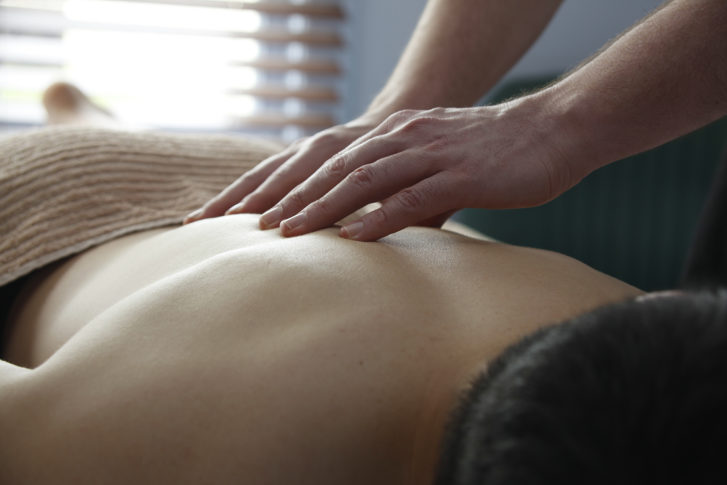 Middle Back Pain Relief With Bowen Therapy Townsville